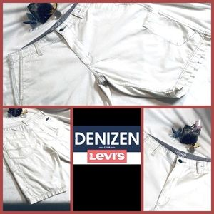 LEVI'S Shorts / 34